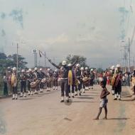 Desfile de una banda de guerra